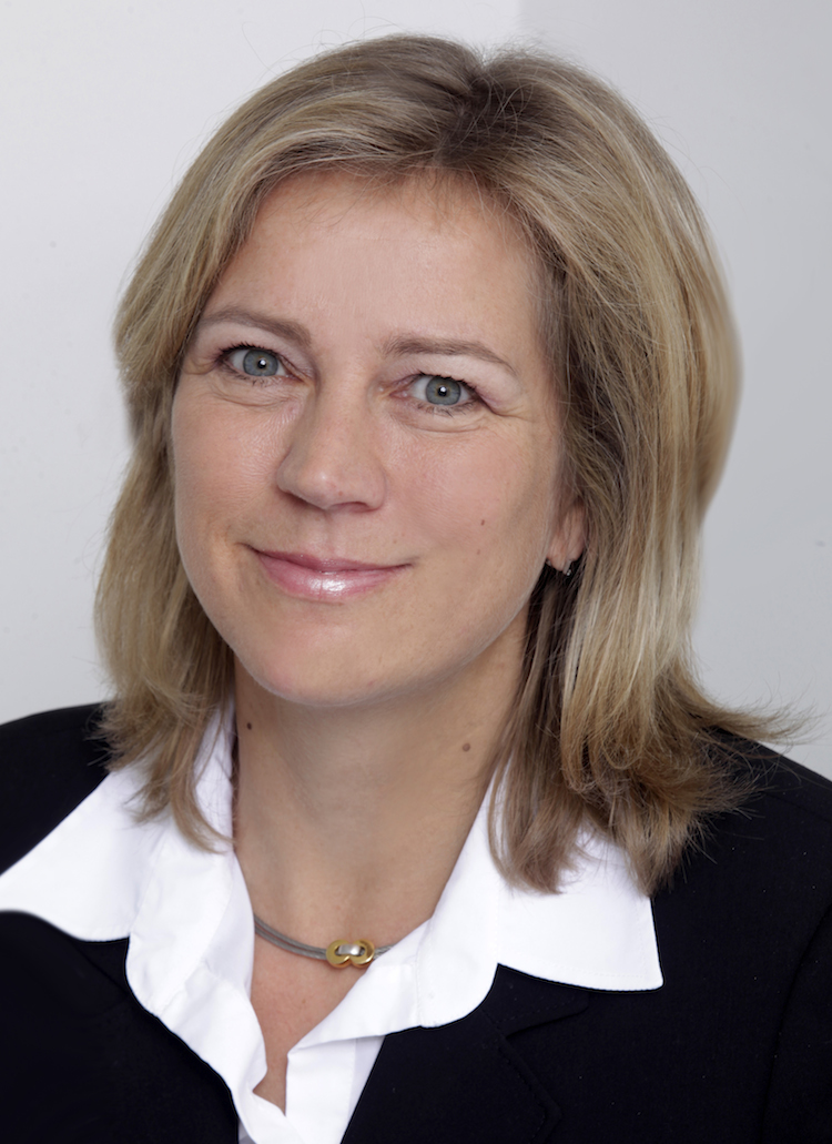 Sieglinde Biller Retail-Manager /></noscript></span>                          </div>                     <div class=